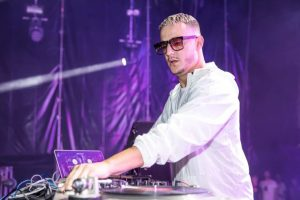 DJ Snake in action